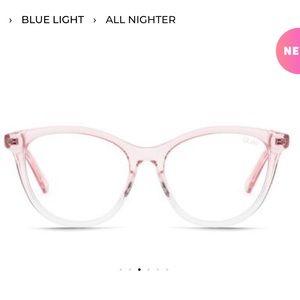Quay X Chrissy All nighter Glasses